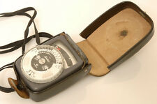 GOSSEN SIXTAR LIGHTMETER.W/CASE. ACCURATE.FREE WW SHIPP