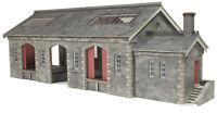 Settle/Carlisle Goods Shed - OO/HO gauge Building Card Kit - Metcalfe PO336