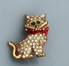 BROOCH kitten. enamel, rhinestones, gold-tone metal
