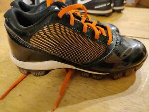 UNDER ARMOUR Bound Orange Black CLEATS Softball/Baseball Unisex SIZE 1Y