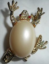 Cabochon Pearl Red Clear Rhinestones Gold Lupita Hapachico 2000 Pin Brooch Frog