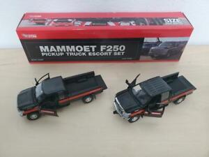 1/50 Sword Mammoet Ford F250 Pickup Truck - Oversize Load Escort Set