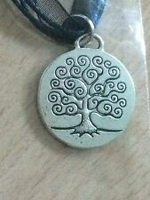 VINTAGE SILVER MEDALLION TREE OF LIFE NECKLACE