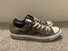 Converse Low Tops Size 8 – Rare Camo Green – Excellent Condition
