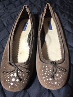 American Eagle Outfitter Tan Suede Jewel Ballet Slip On Flats Shoes w/Bow Sz 10