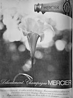 PUBLICITÉ DE PRESSE 1966 DÉLICATEMENT CHAMPAGNE MERCIER BRUT