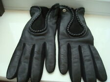 100% Authentic Women's Ugg Black Leather Driving Gloves Size Large Boxed.