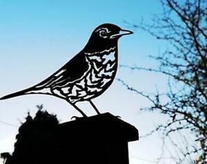 Thrush Garden bird Silhouette Metal Fence Topper