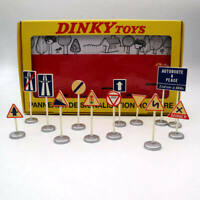 Atlas Dinky Toys 593 12 PANNEAUX DE Signalistion Routiere Models Collection