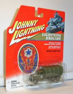 JOHNNY LIGHTNING LIGHTNING BRIGADE WWII CCKW 6X6 ARMY TRUCK MINT ON CARD