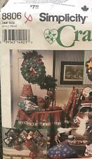 Simplicity Crafts Sue Dreamer Pattern 8806 Christmas Stockings Wreath Ornaments