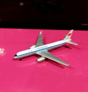 Schabak 950/139 1:600 scl Aeroflot Tupolev Tu-204 model air plane Russia *No Box