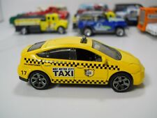 Matchbox 2009 Toyota Prius Taxi Cab Yellow Checkered 1/64 Scale JC69