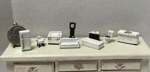 Vintage Tiny Metal Dollhouse Furniture for 1:144 Scale Dollhouse Miniature 1:12