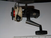 A NICE VINTAGE ABU SWEDEN MADE CARDINAL FISHING REEL, MODEL 66X, SERIAL 771101