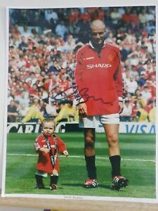 DAVID BECKHAM (with Brooklyn) - Manchester United hand signed autograph