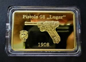 """PISTOLE 08 """"LUGER"""" - GERMAN WW2 FAMOUS ARMS ON GOLD LAYERED BAR"""