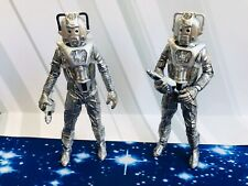 CLASSIC MINT DOCTOR WHO LIMITED EDITION  ACTION FIGURE -CYBERMAN & CYBERLEADER