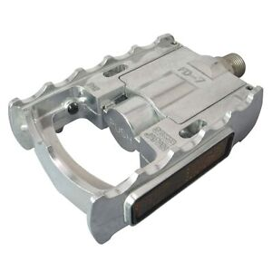 """MKS FD-7 Folding Pedals Left/Right Set 9/16"""" Silver Japan"""