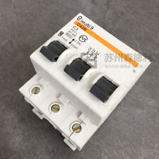 NEW  Merlin Gerin C45N C3 Circuit Breaker 3 Pole 25 Amp