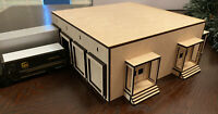 1/64 United Parcel Service UPS Customer Service Center with Loading Dock Bays