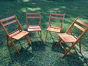 Set of 4 vintage wooden folding chairs