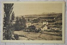 """CPA """" VAUX avant la guerre - Un Village souriant"""