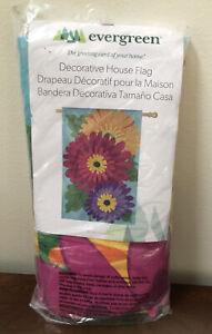 "NEW Sealed Evergreen Decorative House Yard Flag GERBERA  DAISY TRIO 28""x44"""