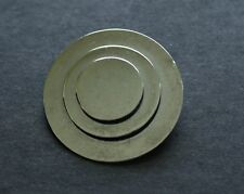 BROOCH silver-tone in excellent condition circles washer