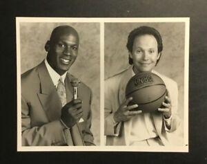 Michael Jordan Billy Crystal 1991 Original Press Photo Chicago Bulls MVP NBC VTG