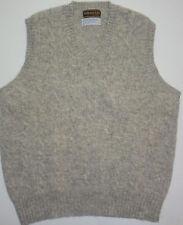 Mens L Brittany LTD Chicago Shetland Wool VTG V-Neck Sweater Vest Cable Knit