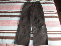 pantalon pantacourt garçon IKKS 2 en 1 T.8 ans noir