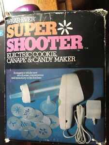 Wear-ever Super Shooter Electric Cookie, Canape' and Candy maker with idea book