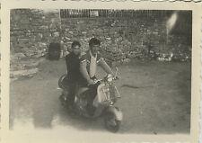PHOTO ANCIENNE - VINTAGE SNAPSHOT - VESPA SCOOTER MOTO - MOTORCYCLE