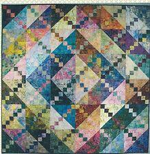 Bermuda Sunrise quilt pattern by Lnda J. Hahn of Frog Hollow Designs