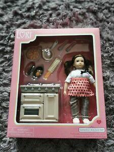Lori Cornelias Kitchen Set
