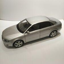 Audi A4 B10 1/18 Minichamps Silver