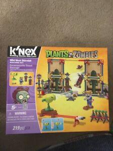 RARE! K'NEX Plants vs Zombies Wild West Skirmish Building Blocks Set Brand New!