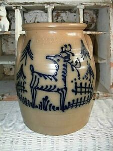 """1984 Beaumont Pottery/ York, Maine Stoneware Crock REINDEER AND TREES  """"JB"""""""