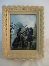 BEAUTIFUL ANTIQUE SILHOUETTE PICTURE WITH ROUNDED GLASS FRAME