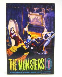 Munsters Living Room Model  Aurora Reissue Polar Lights