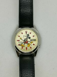 Seiko 5 Automatic Watch Mickey Mouse Dial
