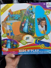 New Beat Bugs Hide N' Play Pop Up Tent with flashlight projector & 16 pictures