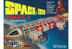 """MPC 913 1/72 Space 1999: 14"""" Eagle Transporter Plastic Model Kit"""