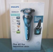 Philips Norelco Shaver 7500 Sensitive Skin Smart Cleaning Station Wet Dry NEW