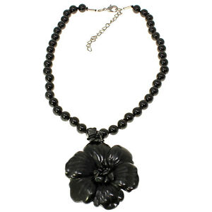 Semi-precious black onyx stone chunky flower pendant bead stone choker necklace