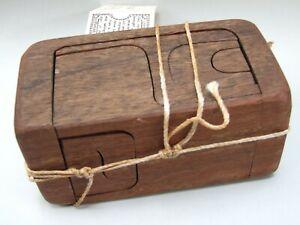 Vintage '' GOOD OL' TOYS'' Wood Puzzle Australian Handmade .Solution Enclosed