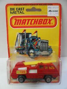 Matchbox Superfast No.22 Blaze Buster Fire Engine - Mint/Boxed