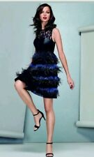 Impresionante costa * * Edición Limitada, Izzy Pluma Vestido, Negro Talla 8 Nuevo Con Etiqueta
