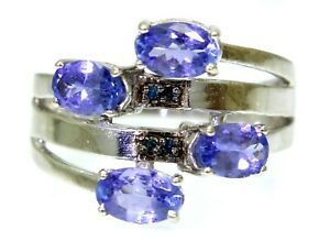 Pretty Tanzanite & Blue Diamond 9ct White Gold ring size N ~ 6 3/4